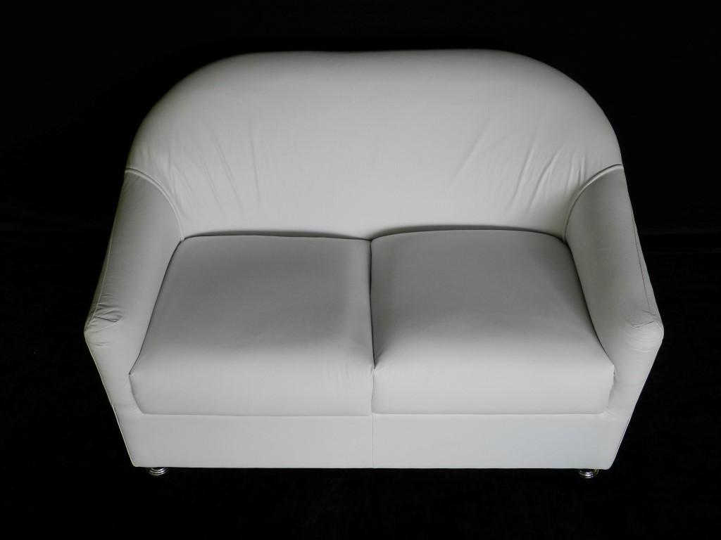 Sofá Branco 2 Lugares - Braço Redondo